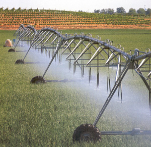 chemigation through center pivot irrigation systems